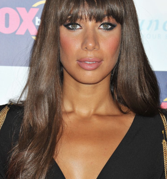 Leona Lewis—Fringe Benefits & Pink Cheeks