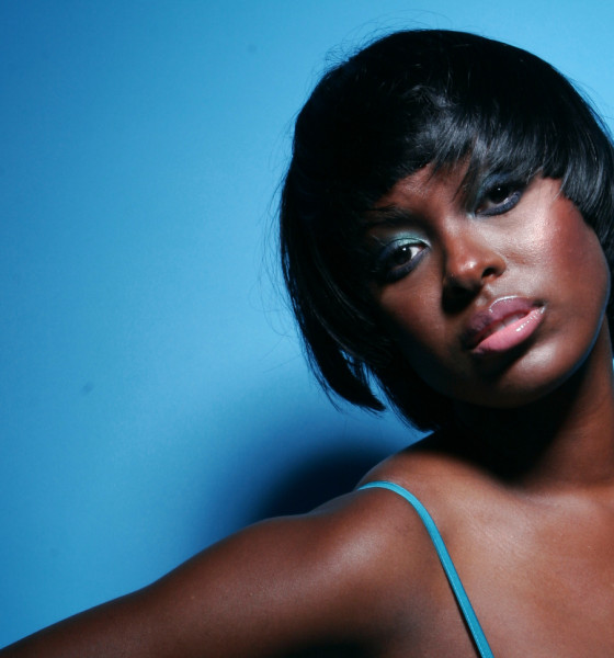 Bronze Magazine Chats with Celebrity Hairstylist Rochelle Mosley