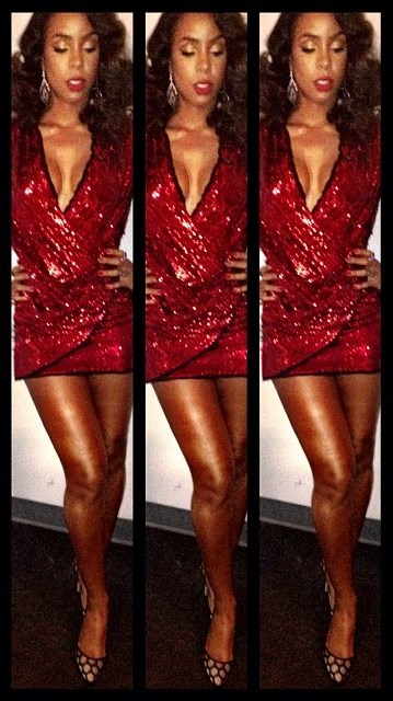 kelly-rowland-instagram-balmain-dress-gianvito-rossi-pumps (2)