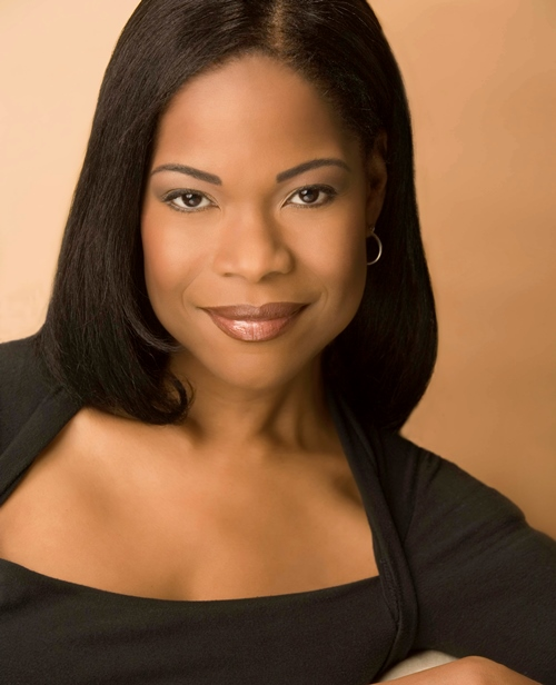 Angela Robinson (Headshot) (2)