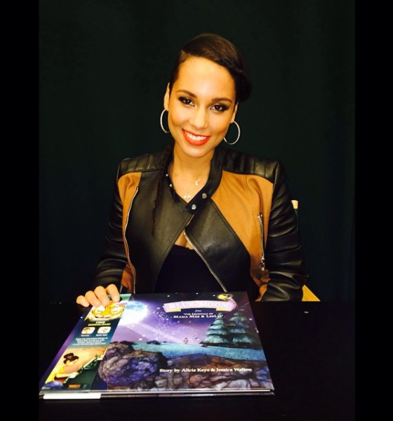 Alicia Keys Promotes a  New Children's Book at Barnes & Noble