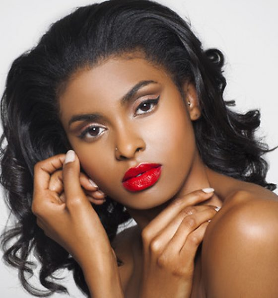 Beauty Alert: Essentials for the Perfect Pout