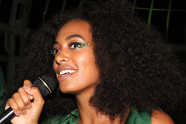 Solange sparkly-wing