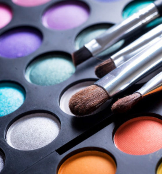 Beauty Alert: Eye Makeup Tips and Tricks