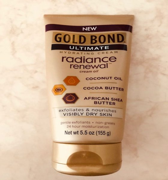 Editor's Pick: GOLD BOND® Ultimate Radiance Renewal™